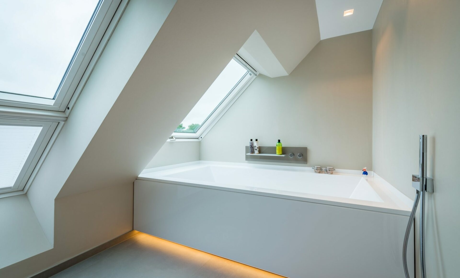 Dachgeschoss Badewanne