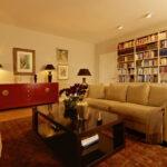 Wohnzimmer Sofa Bücherregal