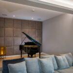 Lederwand Flügel Sofa